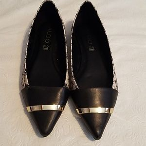 Aldo Leather White & Black Silver Band Flats 7.5